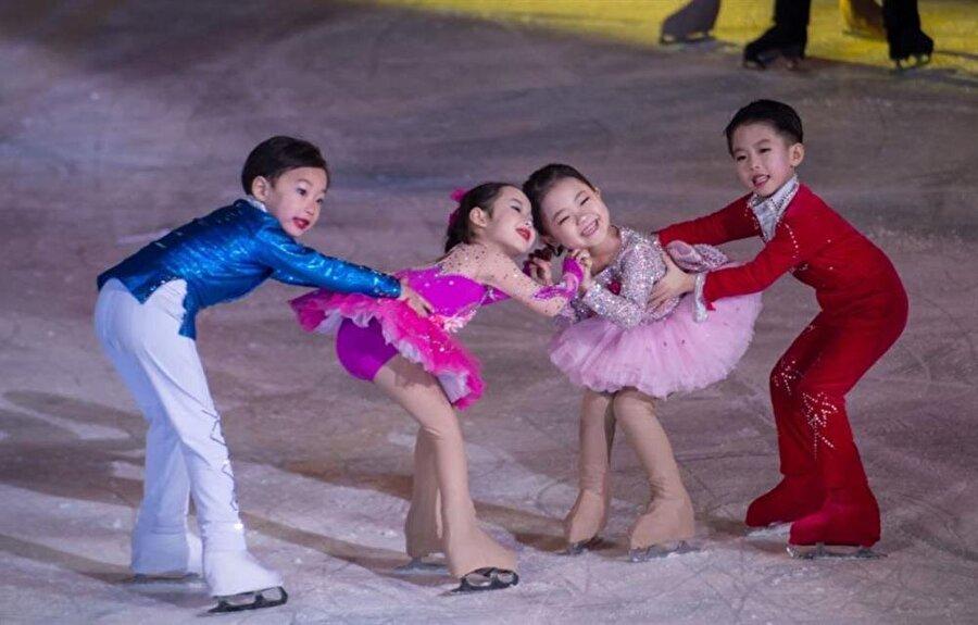 PyeongChang 2018 Kış Olimpiyatları'nın açılış töreninde minik patenciler ilgi çekti.