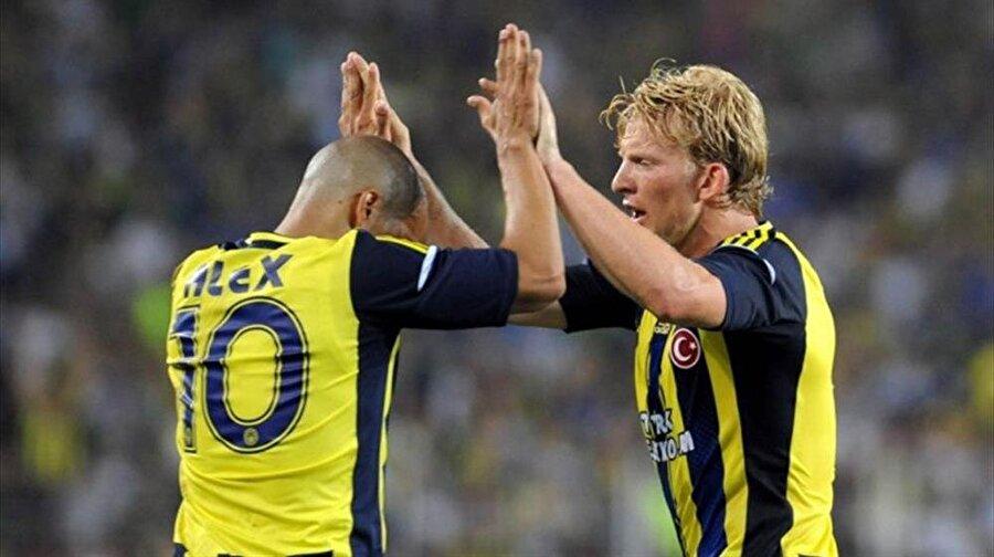 Kuyt; 2012-2013 sezonunda Türkiye Kupası, 2013-2014 sezonunda Süper Lig şampiyonluğu ve 2014'te Türkiye Süper Kupası'nı kazandı.