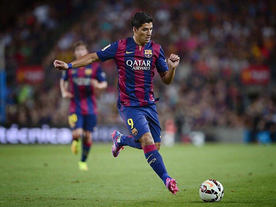 Uruguaylı futbolcunun Barcelona ile olan sözleşmesi 2021'de sona erecek.