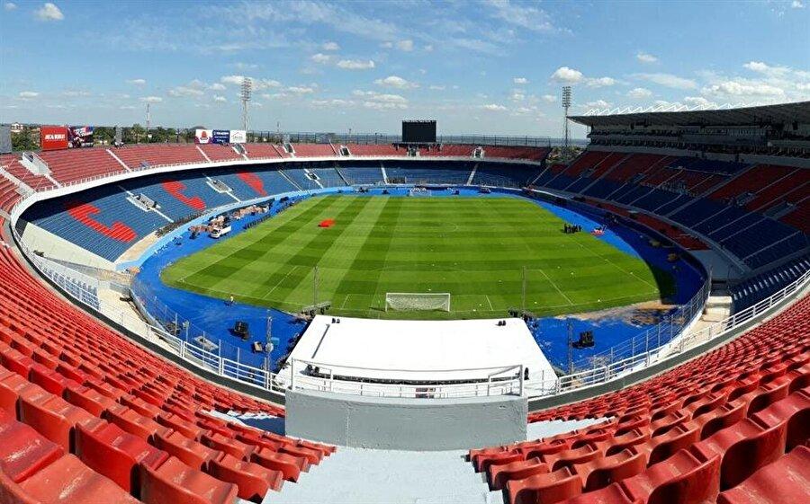Estadio General Pablo Rojas Aldığı Puan: 79.378     Ülke: ParaguayKulüp: Cerro PorteńoKapasite: 45.000     İnşaat Süresi: 2015-2017