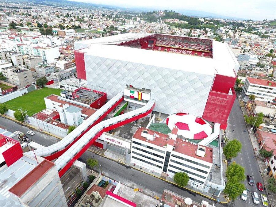 Estadio Nemesio Díez Aldığı Puan: 68.06Ülke: MeksikaKulüp: Toluca FCKapasite: 30.000İnşaat Süresi: 2015-2017