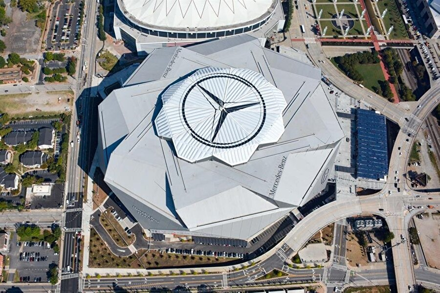 Mercedes-Benz Stadı Aldığı Puan: 65.312Ülke: ABDKulüp: Atlanta Falcons Kapasite: 71.000İnşaat Süresi: 2014-2017
