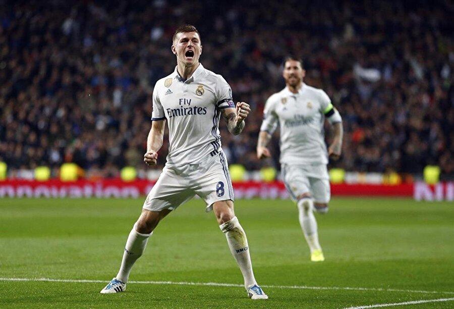 Toni Kroos-28.2 Milyon Euro Kulübü: Real MadridPiyasa Değeri: 50 Milyon Euro     Sözleşme Bitiş Tarihi: 30.06.2020