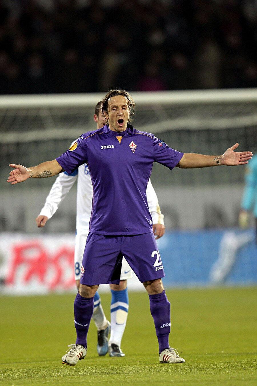 1 yıl sonra Fiorentina ile yollarını ayıran Ambrosini, 1 Temmuz 2014'te emeklilik kararını açıkladı.
