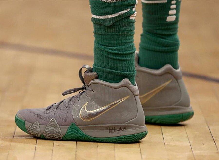 Kyrie Irving / Boston Celtics