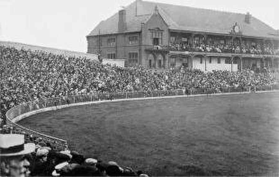 Bramall Lane  / 1855                                      Sheffield United'ın maçlarını oynadığı stat 1855 yılında açıldı.