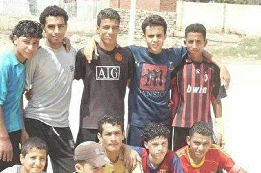 Basel takibe aldı                                                                           Mısır Milli Takımı'nın genç takımlarında da görev alan Salah, İsviçre ekibi Basel'in dikkatini çekti. Mısır'a gelen Basel'li yetkililer genç futbolcuyu beğendi ve hakkında olumlu rapor yazdı.