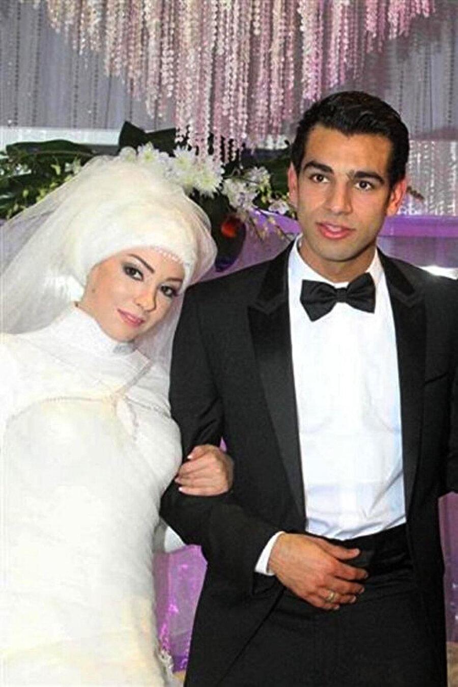 2013 yılında dünya evine girdi                                                                           Muhammed Salan 2013 yılında yaşamını Magi Salah ile birleştirdi.