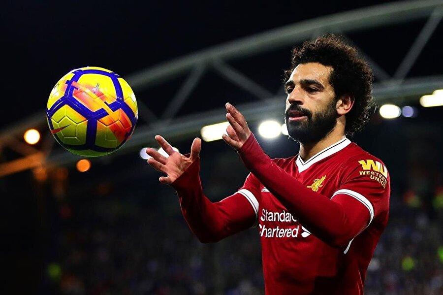 Muhammed Salah                                      Kulüp: LiverpoolSezon: 2017-2018Maç: 50Gol:  43