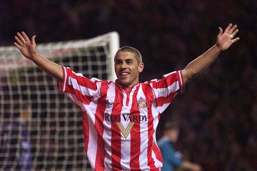 Kevin Phillips                                      Kulübü: SunderlandSezon: 1999-2000     Maç: 36Gol: 30