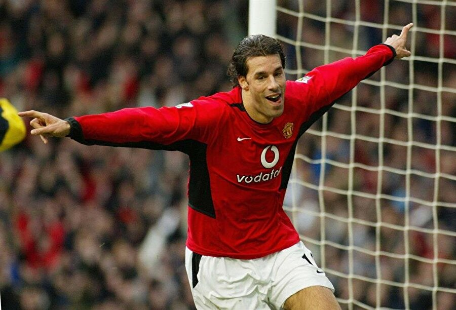 Ruud van Nistelrooy                                      Kulübü: Manchester UnitedSezonu: 2001-2002     Maç: 49Gol: 36