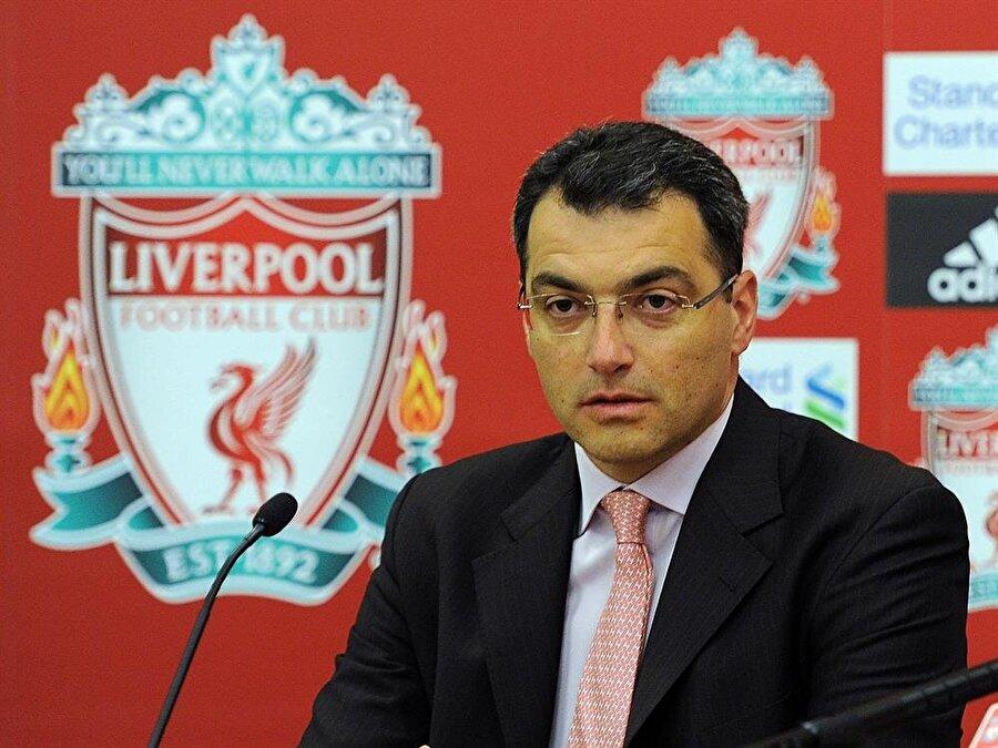 Monaco, St. Etienne, Arsenal, Tottenham ve Liverpool gibi önemli kulüplerde görev alan Comolli, aslından bir sportif direktörden ziyade tam anlamıyla bir scout.