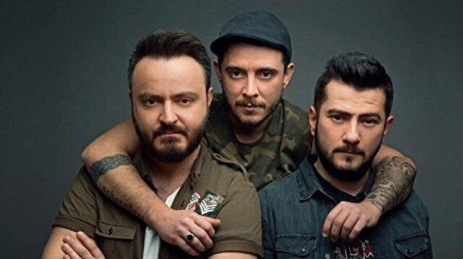 """Yazıklar Olsun!                                                                           Rock müzik grubu Seksendört, geçtiğimiz günlerde Ağrı ve Ankara'da bir cinayet sonucu kaybettiğimiz Leyla ve Eylül için şarkı yazdı. Çocuk istismar ve cinayetlerine bir tepki de ünlü rock grubu Seksendört'ten geldi. Ünlü müzik grubu yeni şarkıları """"Yazıklar Olsun'u"""" Leyla ve Eylül'e ithaf etti."""