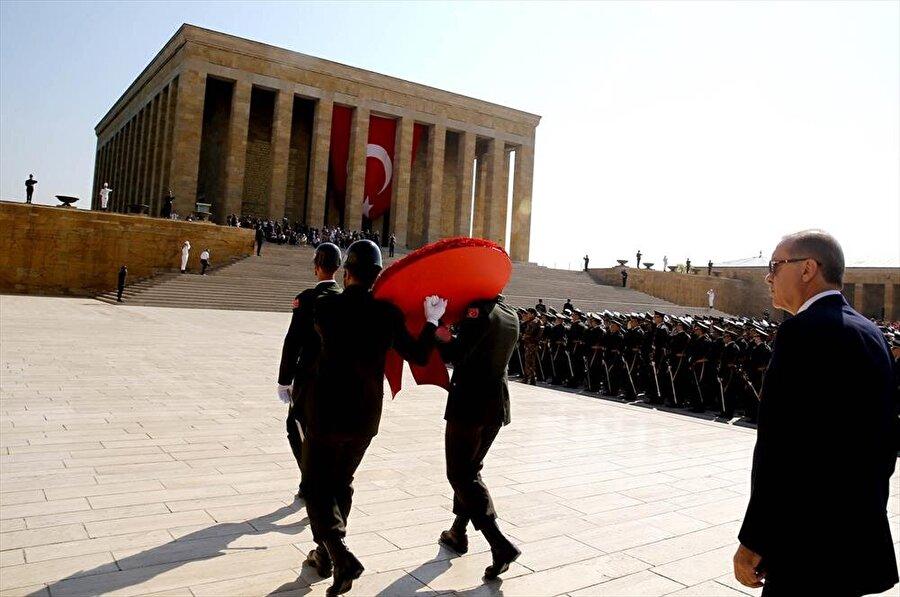TBMM'de yapılan yemin töreninin ardından Anıtkabir'i ziyaret edecek