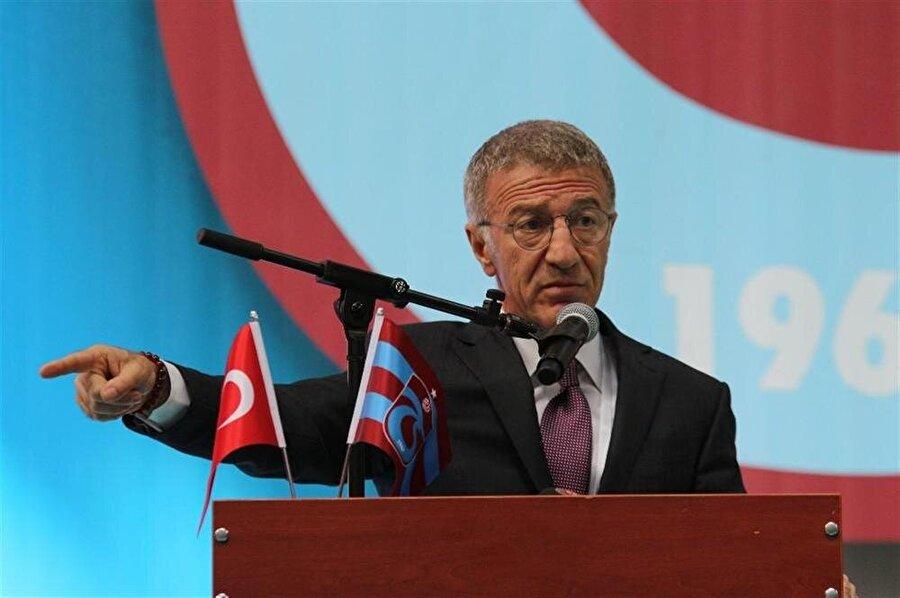 TRABZONSPOR                                      Süper Lig'de geçtiğimiz sezon istediğini elde edemeyen ve 50. yılında büyük hayal kırıklığına uğrayan Trabzonspor, ligi 5. Sırada bitirdi. Sezon başındaki büyük beklentilerin karşılıksız kalması, camiada köklü ve önemli değişikliklere neden oldu. Yapılan başkanlık seçimlerinde Ahmet Ağaoğlu taşın altına eline koydu ve başkan oldu. Trabzonspor'un farklı bir yönetim anlayışıyla hareket edeceğini belirten Ağaoğlu, koltuğa oturduğu ilk günden itibaren köklü değişiklikler yaptı. Transfer döneminde 4 oyuncu transfer eden Trabzonspor, Burak Temir, Vahid Amiri, Zargo Toure ve Majid Hosseini'yi renklerine bağladı. Birçok futbolcuyla yollarını ayıran Karadeniz ekibi, Okay Yokuşlu'nun Celta Vigo'ya satışından 6 milyon avro kazandı. Bordo mavili camiada bu sene hedef, şampiyonluk olmasa da gelecek sezonların şampiyon kadrosunun temelini atmak olarak gözüküyor.