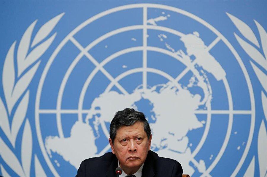 """""""Myanmar ordusu soykırımdan yargılansın""""                                      Bileşmiş Milletler tarafından kurulan Uluslararası Myanmar Bağımsız Araştırma Misyonu, Myanmar ordusunun (Tatmadaw) Genelkurmay Başkanı Min Aung Hlaing'in de aralarında bulunduğu üst düzey ordu generallerinin Arakanlı Müslümanlara yaptığı soykırım nedeniyle Uluslararası Ceza Mahkemesi'nde yargılanmasını istedi. BM İnsan Hakları Konseyi'nin 23 Mart 2017'de kurduğu Misyon, yaklaşık 18 ay süren çalışmalarının ardından elde ettiği bulgulara ilişkin hazırladığı raporu, Myanmar'daki Arakanlı Müslümanların maruz kaldığı katliamın 1. yılında açıkladı."""
