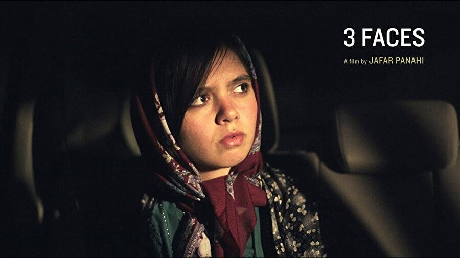 3 Faces İlk gösterimini Cannes Film Festivali'nde gerçekleştiren Üç Hayat; meslek hayatlarının farklı dönemlerini yaşayan üç ayrı kadının hikayesini seyirciye aktarıyor. İranlı yönetmen Cafer Panahi'nin bu filmi, toplumsal manzaraları karşımıza sunuyor.https://www.imdb.com/title/tt8...