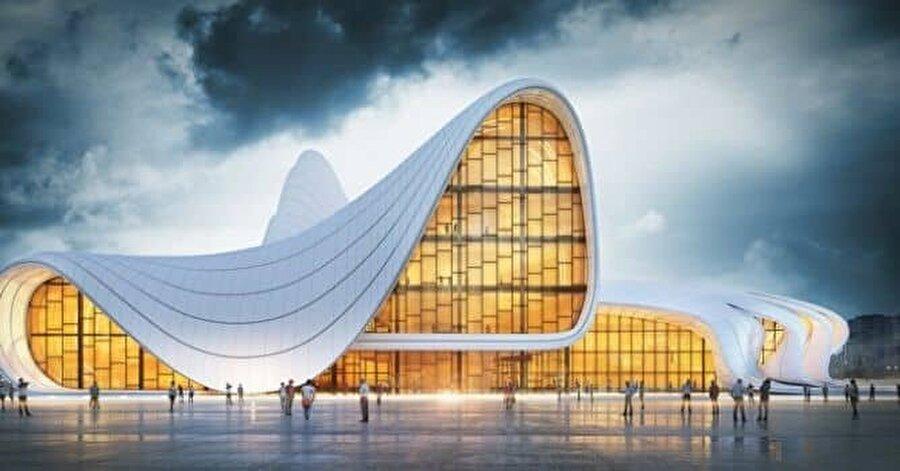 Hadid tarafından inşa edilen Haydar Aliyev Kültür Merkezi.