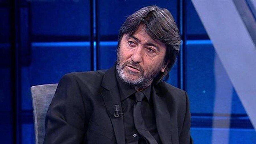 """İşte, Rıdvan Dilmen'in Fenerbahçe ile ilgili sözleri: """"Fenerbahçe düşmez, düşerse dolar 10 bin TL olur. Tüzük değişir, kurallar değişir, Fenerbahçe düşmez. Diğer 17 takım imza toplar Fenerbahçe düşmesin diye, Fenerbahçe yine düşmez. Kırmızı kar yağar ama Fenerbahçe kümeye düşmez. Fenerbahçe dalga geçilecek bir kulüp değildir."""""""