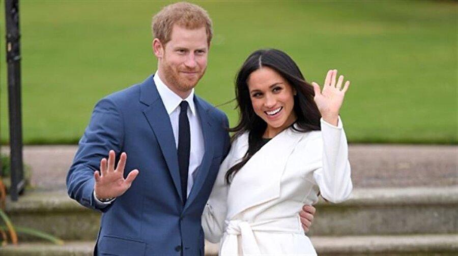 Bebek müjdesi verdiler Prens Harry ile Mayıs ayında dünya evine giren İngiliz kraliyet gelini ABD'li oyuncu Meghan Markle, bebek beklediği haberini açıkladı. Hamile olduğu duyurulan Meghan Markle ve eşi Prens Harry'ye resmi ziyaret için gittikleri Avustralya'da çok sayıda bebek hediyesi verildi.