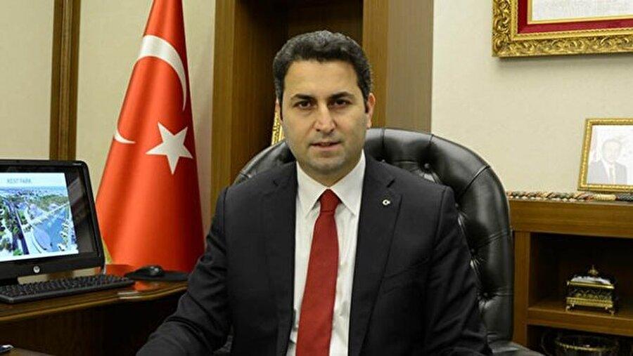 Tokat Belediye Başkanı                                       Eyüp Eroğlu