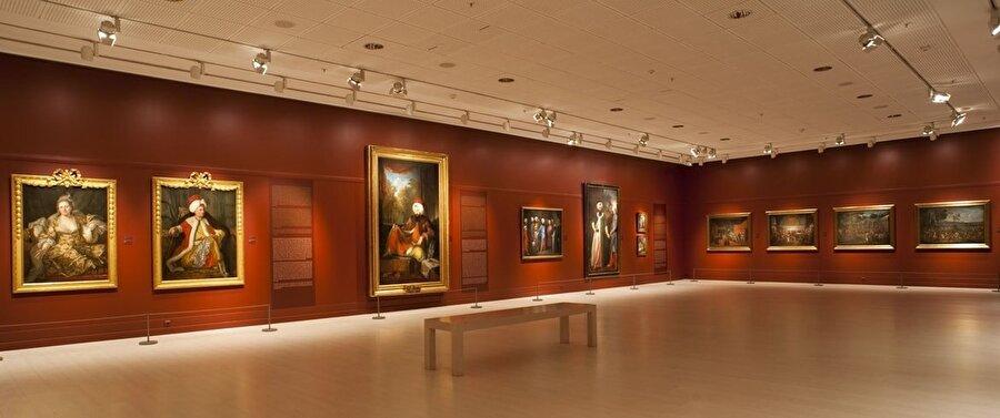 Pera Müzesi - Tepebaşı 2005 yılında Suna ve İnan Kıraç Vakfı tarafından nitelikli ve geniş ölçekli kültür sanat hizmeti vermek amacıyla kurulan Pera Müzesi, Tepebaşı'nda bulunuyor.