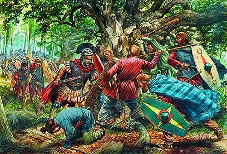 """10. Romalılar Varus Savaşını kazansaydı?                                      Sonuç: Dünyada kimse İngilizce konuşmuyor olurdu.Robert Cowley tarafından düzenlenen """"What If?"""" makalesine göre, Roman lejyonları ve Germenler arasındaki Varus Savaşı'nı Romalılar kazansaydı Dünya Tarihi tamamen bambaşka olurdu. Roma İmparatorluğu, tarih sahnesinden daha geç silinirdi ve bu da İngilizce'nin yok oluşuna sebep olurdu. (Varus Savaşı'nda Germenler tarafından pusuya düşürülen ve büyük bir yenilgi alan Romalılar bir daha Cermanya'yı fethetmeye davranamadı.)"""