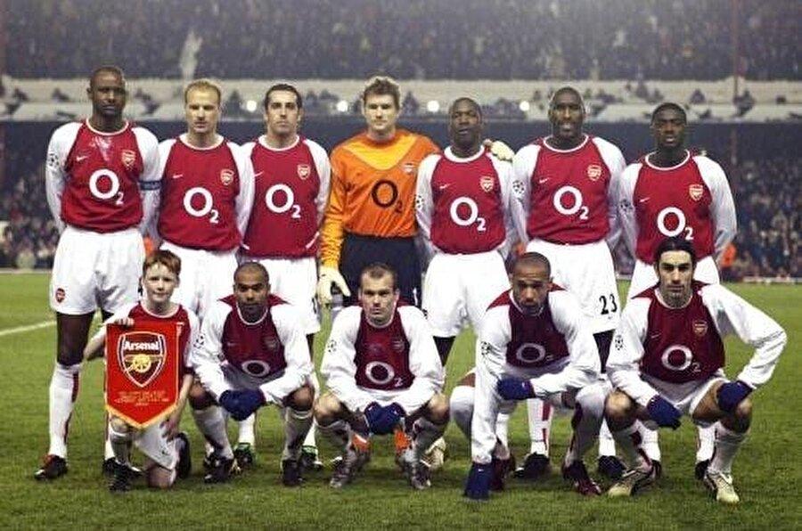 Arsenal (2003-2004)