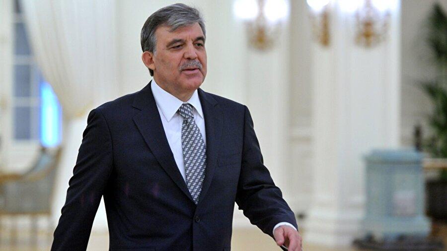 Abdullah Gül (28 Ağustos 2007 - 28 Ağustos 2014)                                      24 Nisan 2007 tarihinde Cumhurbaşkanlığına aday olan Abdullah Gül, seçim sürecinin yarıda kalması ve TBMM'nin erken seçim kararı alması üzerine 22 Temmuz 2007'de beşinci kez Kayseri milletvekili seçildi. Yeni Meclisin önündeki ilk gündem maddesi olan Cumhurbaşkanlığı seçimi için tekrar aday oldu. Abdullah Gül, Türkiye Büyük Millet Meclisi tarafından 28 Ağustos 2007 tarihinde Türkiye Cumhuriyeti'nin onbirinci Cumhurbaşkanı seçildi.