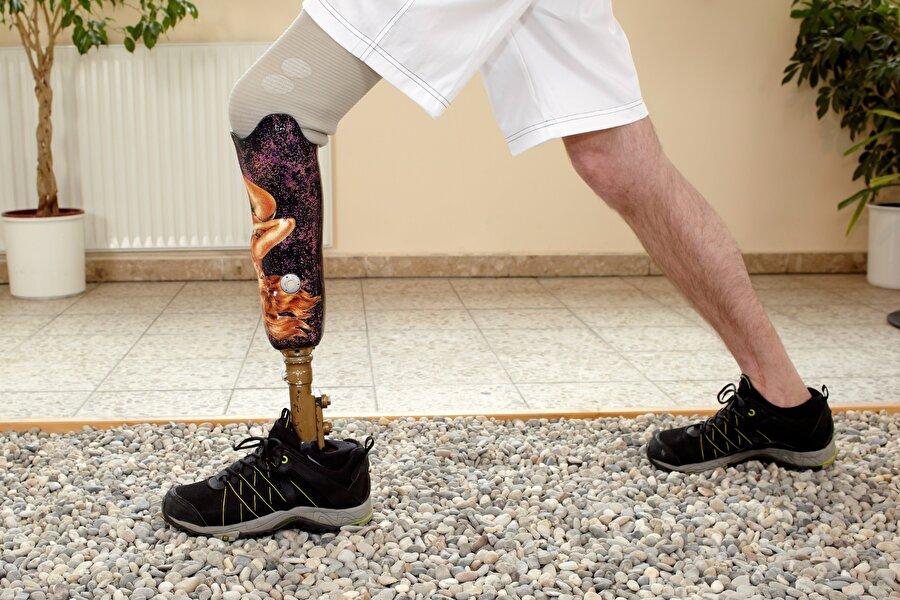 Protez uzmanı                                      Ortalama maaş: 185 bin dolarİşsizlik oranı: 0.9