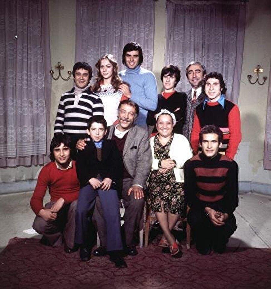 1975 yılında Bizim Aile'de Feride karakteriyle Adile Naşit ve Munir Özkul ile oynadı.