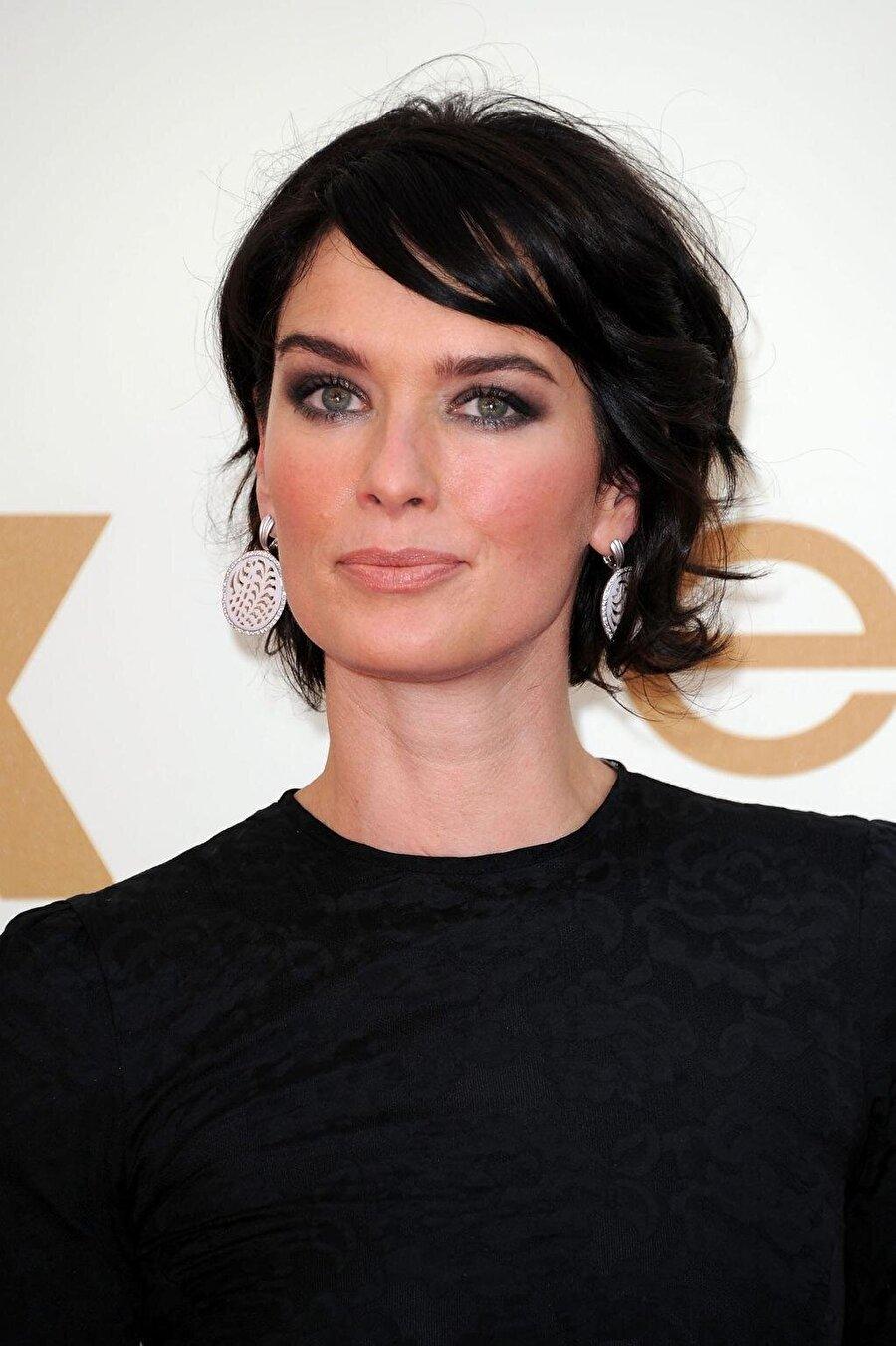 Lena Headey, bölüm başı 500 bin dolar kazanıyor. Başarılı oyuncu, Game Of Thrones dizisinde Cersei Lannister karakterini canlandırdı.