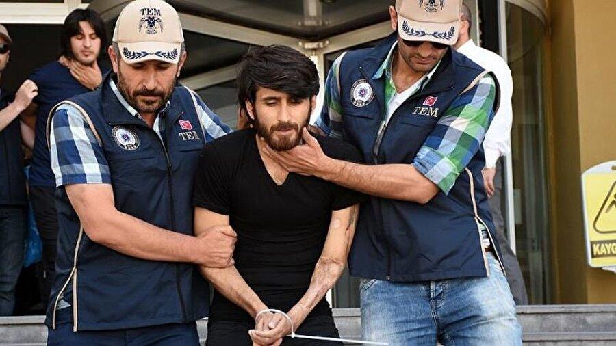 """2017-Kılıçdaroğlu'nun yürüyüşüne saldırı planı                                                                                                                                                      CHP Genel Başkanı Kemal Kılıçdaroğlu'nun 2017 yılında gerçekleştirdiği yürüyüşe saldırı planladığı iddiasıyla yargılanan terör örgütü DEAŞ'ın """"sözde emiri"""" Oğuzhan Korkmaz 14 yıl 7 ay 15 gün, aynı davada yargılanan diğer 26 sanık ise 4 yıl 2 ay ile 21 yıl 9 ay arasında değişen hapis cezasına çarptırılmıştı."""