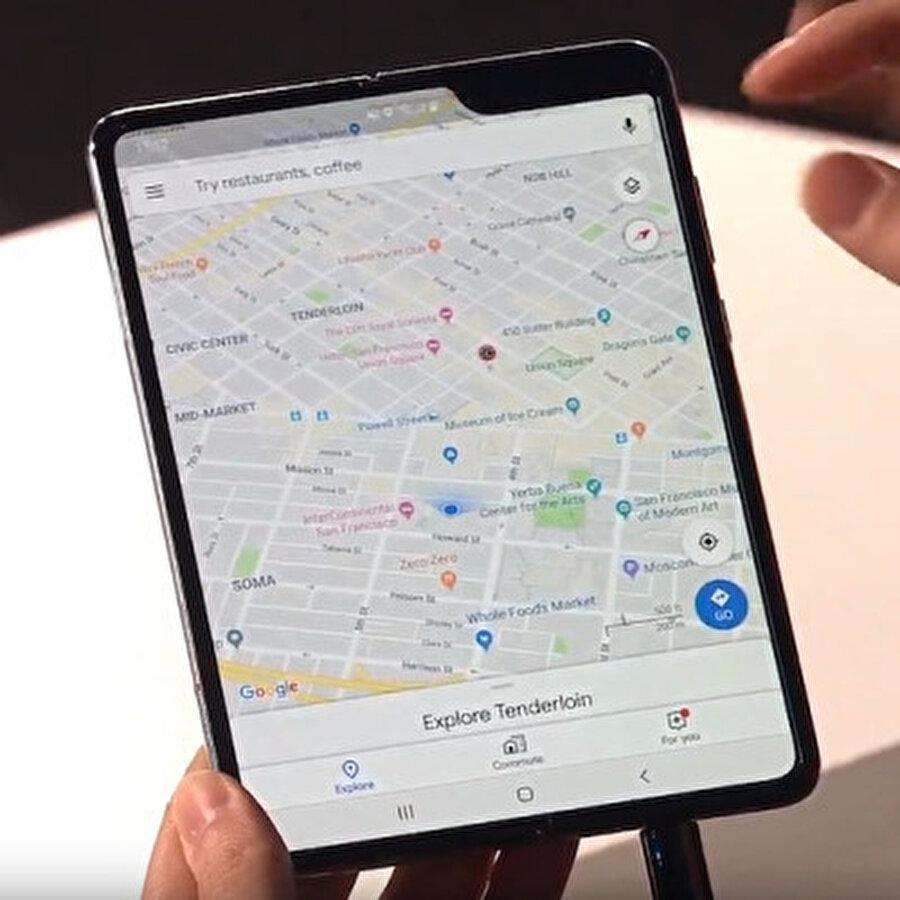 Samsung iki yeni katlanabilir telefon tasarlıyor                                      Galaxy Fold'da yaşanan ekran problemleri sebebiyle zor günler geçiren Samsung'un iki yeni katlanabilir model üzerinde çalıştığı söyleniyor.