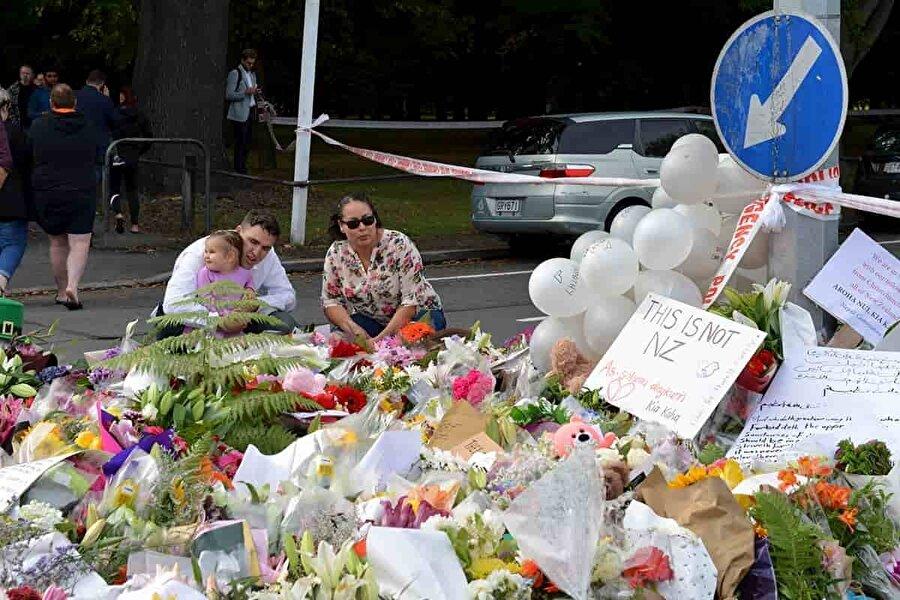 15 Mart 2019- Yeni Zelanda'da 2 camiye saldırı Yeni Zelanda'nın Christchurch kentindeki iki camiye cuma namazı sırasında gerçekleşen terör saldırısında 50 kişi şehit olurken 48 kişi de yaralanmıştı. Terör saldırısı Yeni Zelanda tarihindeki en büyük kitlesel katliam oldu.