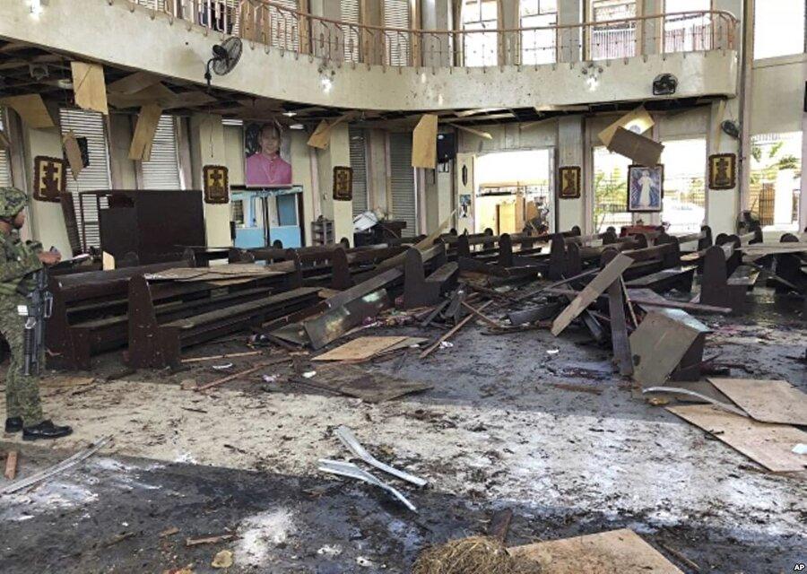 27 Ocak 2019-Filipinler katedraline saldırı Filipinler'in güneyinde bir Katolik katedralinde ayin yapıldığı sırada iki bombalı intihar saldırısı düzenlendi. 23 kişi hayatını kaybetti, yaklaşık 100 kişi yaralandı.