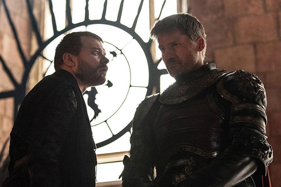 4. Jaime, Euron Greyjoy'u öldürüyor fakat ağır yaralanıyor