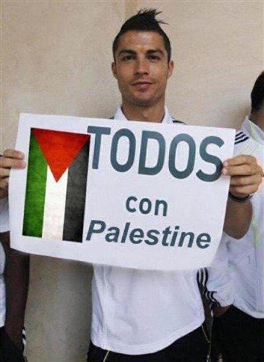 2012 | Geliri Filistinli çocuklara verilsin diye Altın Ayakkabı ödülünü açık arttırmada satmıştı.