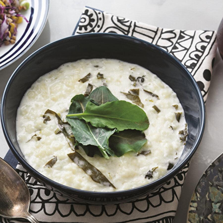 Kremalı Kuzu Kulağı Çorbası