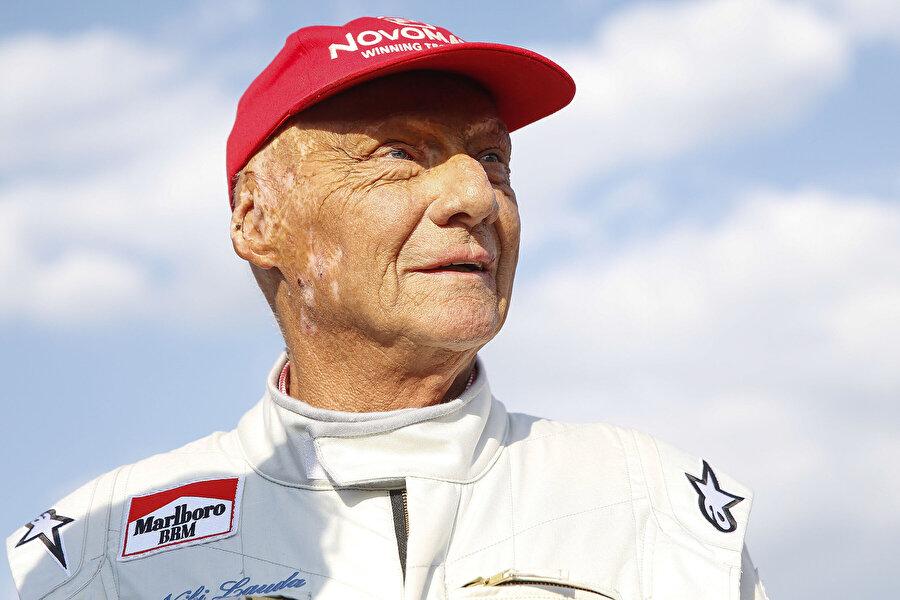 Niki Lauda, güvenlik endişeleri sebebiyle yarışmayı reddederek yarıştan çekildi. Aynı kararı vermesi için James Hunt'ı da ikna etmeyi çalıştı ama başarılı olamadı. Amacı şampiyon olmak değil, 'üvey kardeşini' korumaktı.