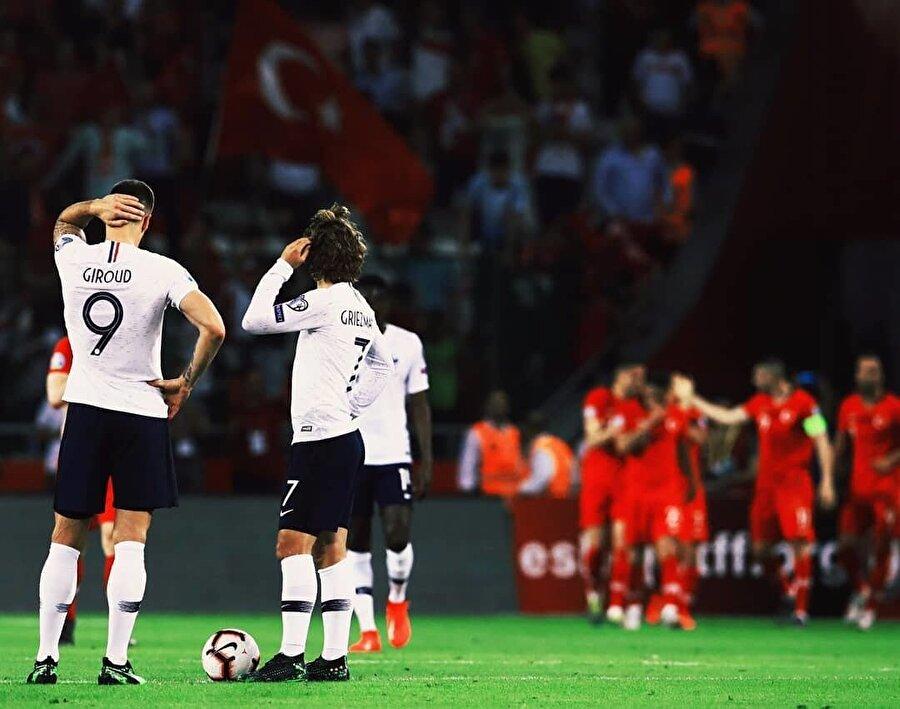 Fransa karşısında iç sahada ilk kez gol sevinci yaşayan Türkiye, aynı zamanda rakibini tarihinde ilk kez mağlup etti.