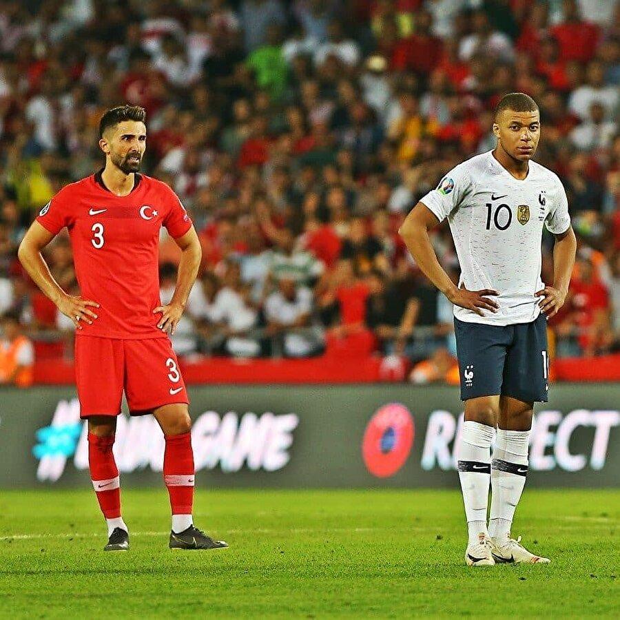 """GFFN: """"Dünya futbolunda Mbappe'yi, Hasan Ali Kaldırım'ın durdurduğu gibi başka kimse durduramadı"""""""