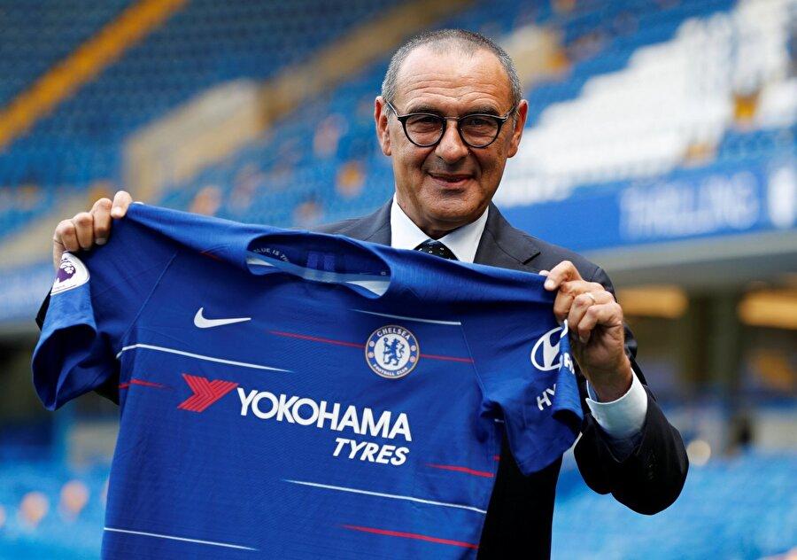 İtalya'daki sallantı tüm Avrupa'dan hissedildi. Futbol otoriteleri yeni dahisini bulmuştu: Maurizio Sarri