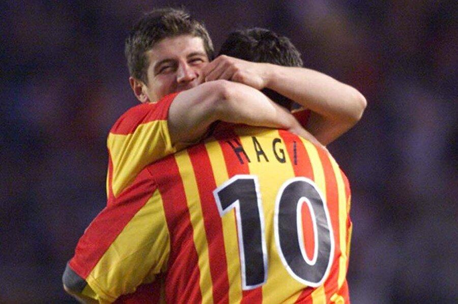 Son sezonundan itibaren Avrupa'nın köklü kulüplerinin dikkatini çekmeyi başaran Emre, Galatasaray forması ile 102 lig maçında forma giydi ve 14 gol attı. Toplamda ise 144 maçta forma giyip 21 gol atmayı başardı.
