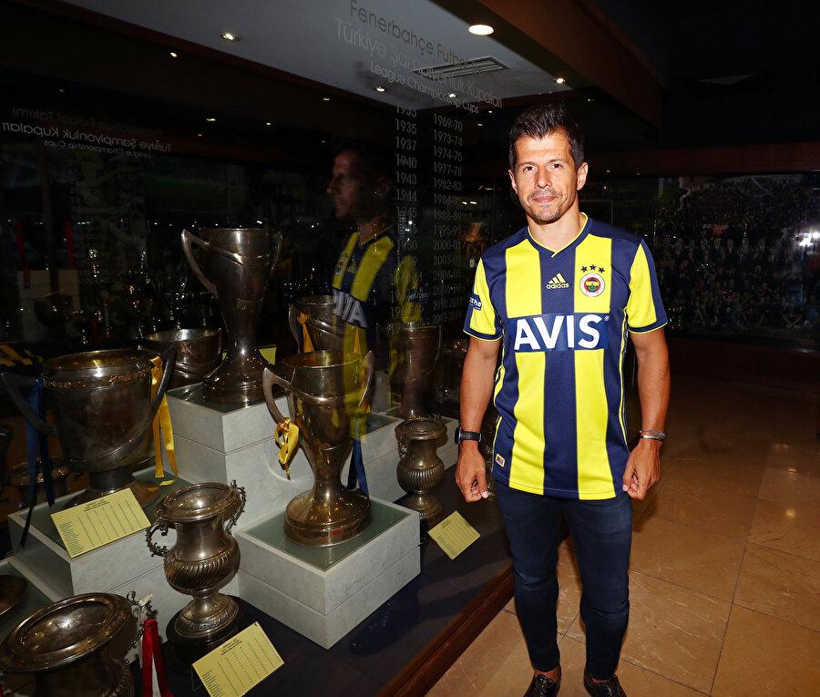 Medipol Başakşehir'le iki kez şampiyonluğun yakınından geçen Emre Belözoğlu, 1.495 gün sonra yeniden yuvasında döndü ve Fenerbahçe'deki üçüncü dönemine başladı.