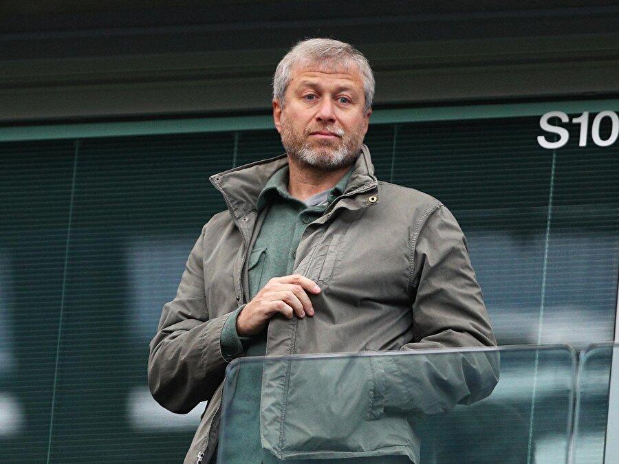 Chelsea, Abramovich'in kulübü satın alması ve Rus sermayesinin bütçeye dahil olmasıyla yalnızca astronomik paralar ödeyerek transfer yapan bir kulüp hüvviyetine bürünmüştü.