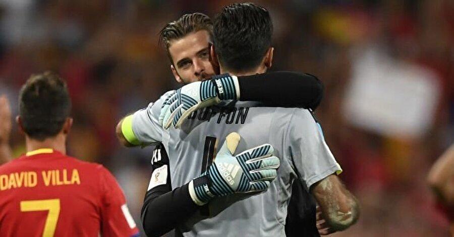 Dünya futbolunda kendisine idol olarak gördüğü ve beğendiği isimler Buffon ile De Gea.