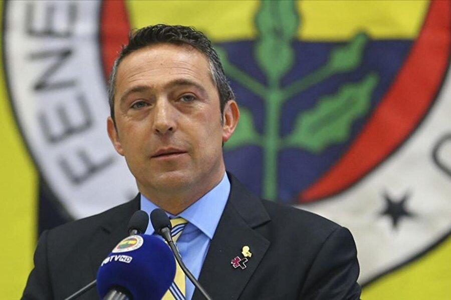 Bütün bunlar açıklanırken Fenerbahçe cephesinden olayla alakalı resmi bi açıklama gelmedi.                                      Fenerbahçe başkanı Ali Koç basın açıklamasında.