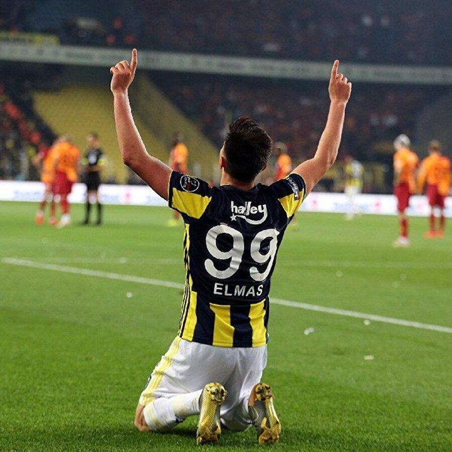 Eljif için transfer fırsatı doğduğunda Aykut Kocaman hemen transfer edilmesi talimatını verirken, dönemin idari menajeri Hasan Çetinkaya Makedonya'nın başkenti Üsküp'e giderek oyuncunun babası ile bir araya geldi.