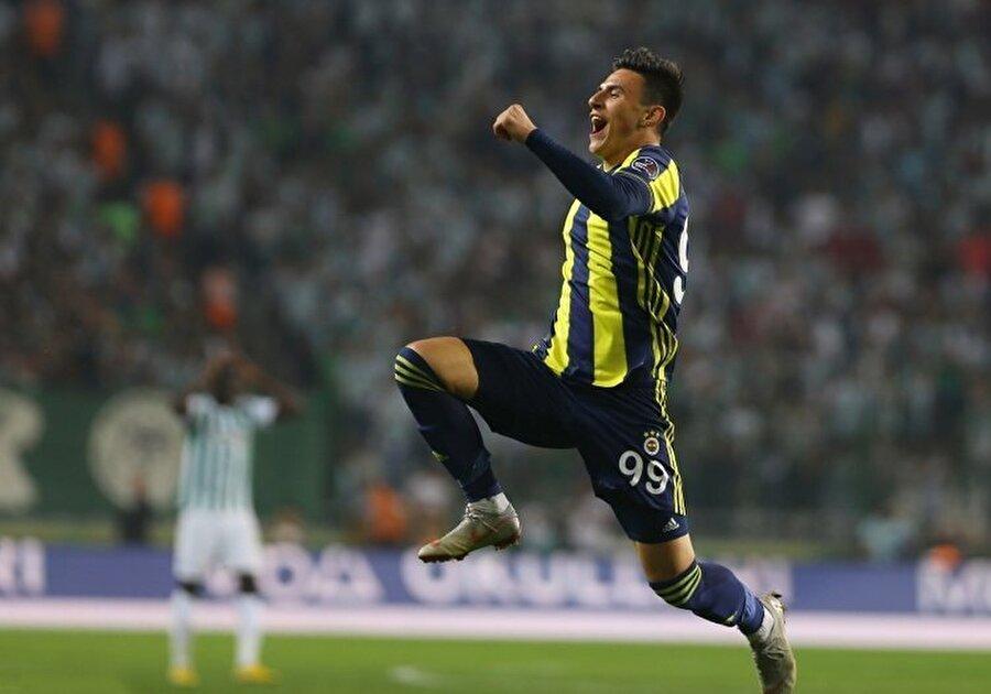 Baba kimseye imza vermek istemiyordu. Bu noktada gerek Fenerbahçe'nin eski Makedon basketbolcusu Pero Antic'in devreye sokulması gerekse babanın Türkiye ve Fenerbahçe'ye olan sempatisi, oyuncunun sarı-lacivertlilere katılmasında önemli etken oldu.